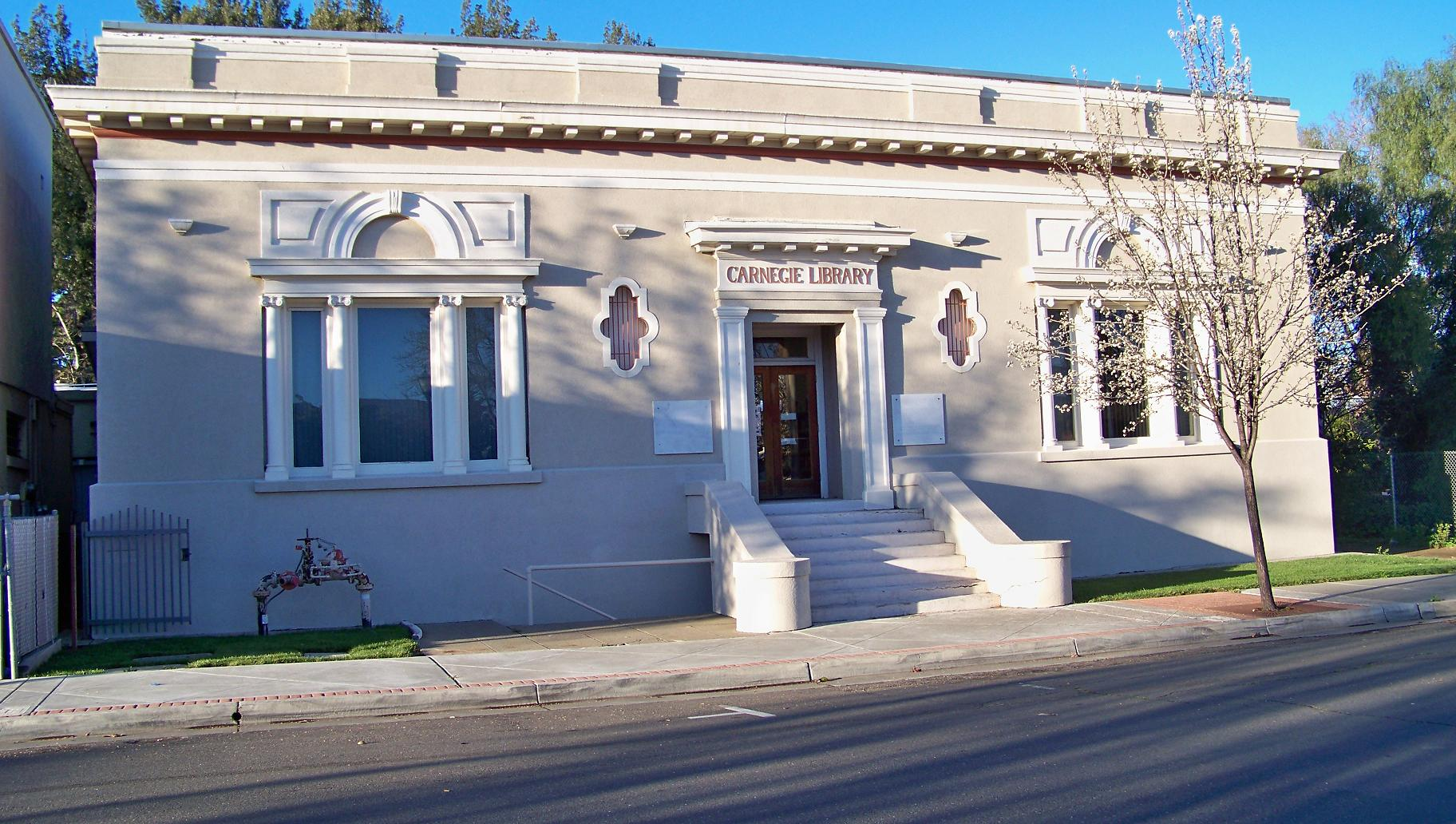 PHOTO: Dixon Carnegie Library