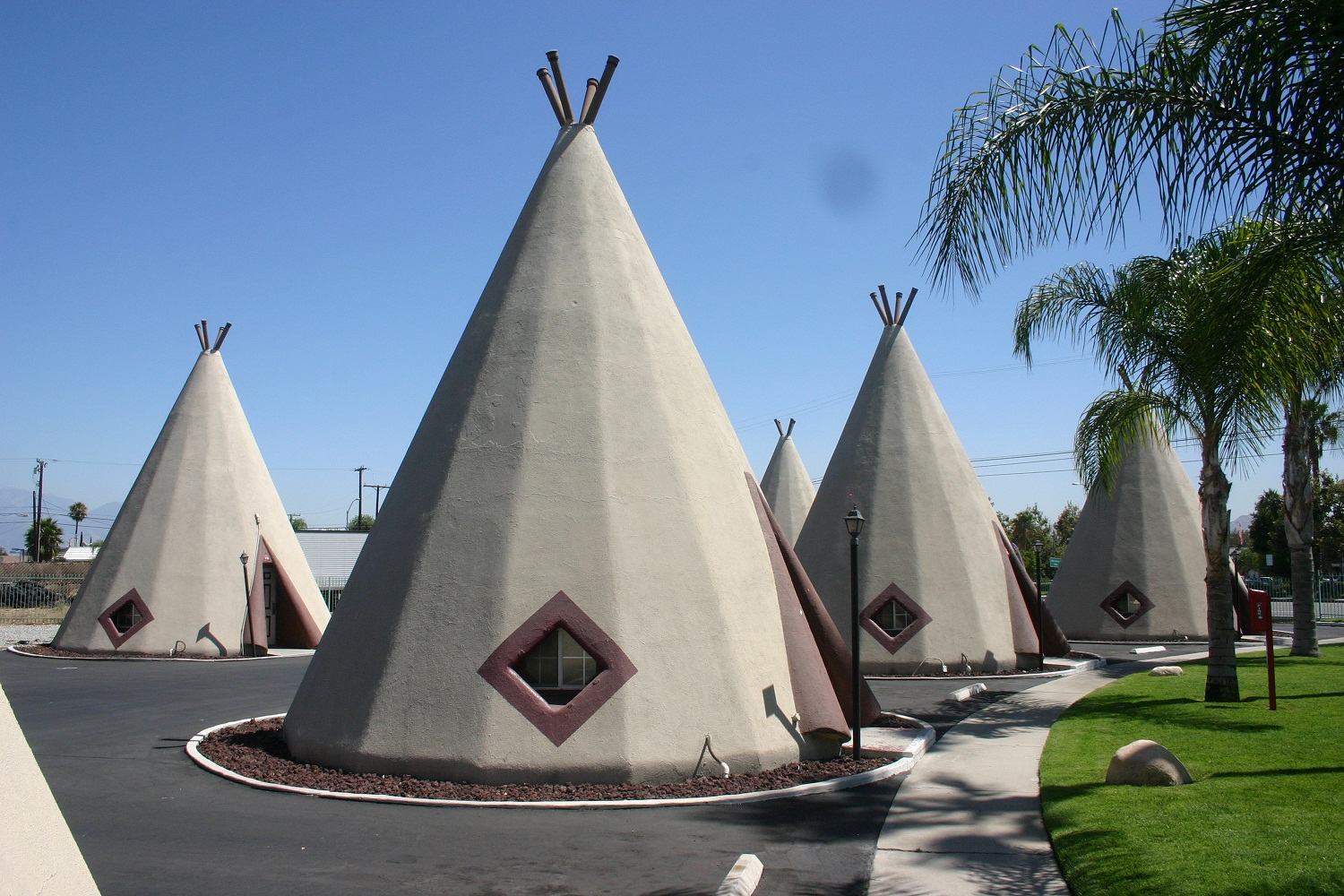 PHOTO: Wigwam Village No. 7